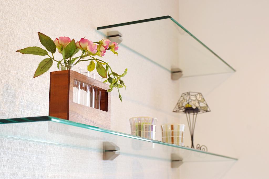 glass_shelf